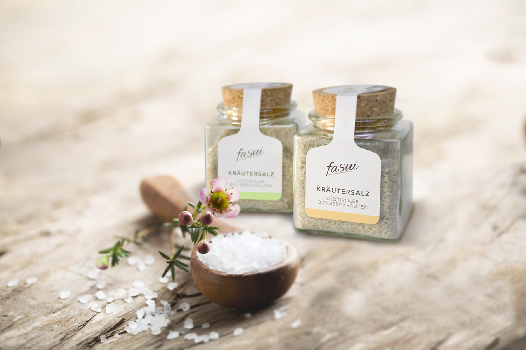 Salt – Sea salt from Sicily and organic mountain herbs from South Tyrol